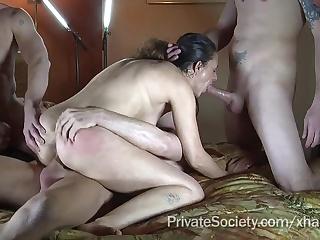 bolshie-siski-besplatnoe-video
