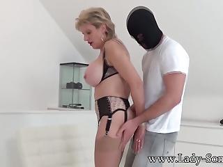 Порно видео член из стенки леди соня фото 319-158